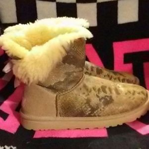 💘Adorable Snake Print UGGS💘